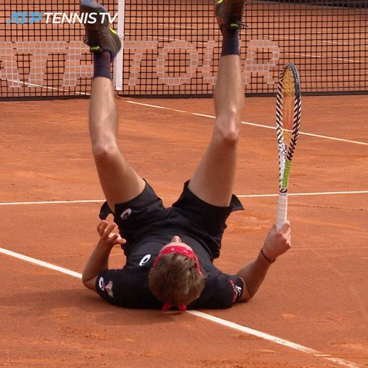 Something To Brighten The Mood On A Rainy Day In Rome Tennis Tennistv Sports Instasport Atp Atptour Rome Roma Ibi Rainy Day Tennis Players Tennis