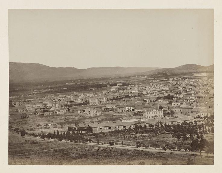 Vue générale de la ville d'Athènes, panorama, épreuve n°                     1/6 © Musée Guimet, Paris, Distr. Rmn / Image Guimet