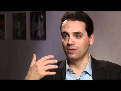 Series of Good Dan Pink Videos To Use With Students - Dan Pink is a motivational writer; these are bite-size interviews with him that are perfect for the classroom
