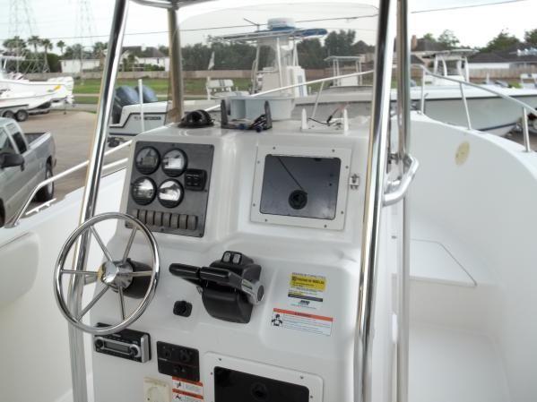 2006 Seaswirl 2301 Striper Center Console O B Fishing Boat For Sale In Houston