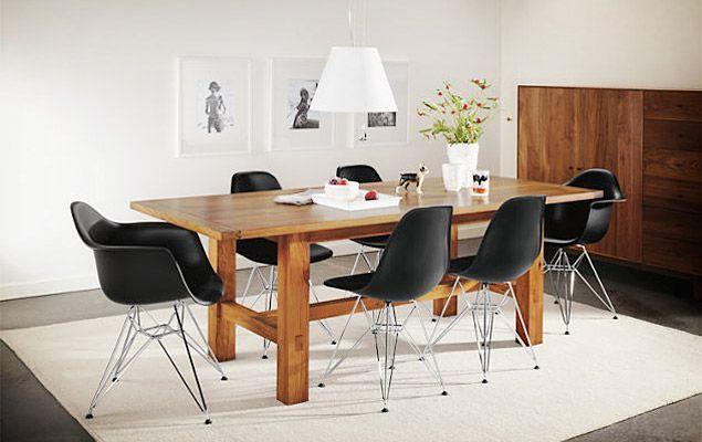 Dinner table or meeting room?