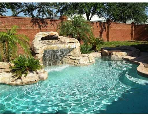 This is exactly what i want for my pool backyard design - Swimming swimming in my swimming pool lyrics ...
