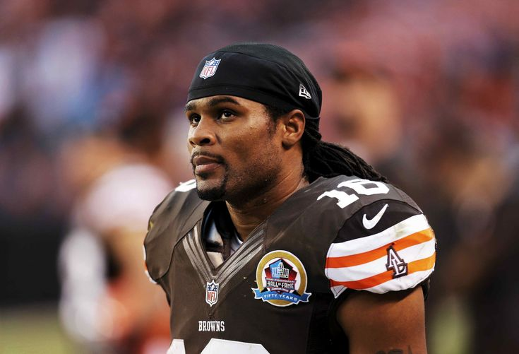 Josh Cribbs back with Browns as special teams coaching intern  Josh Cribbs a fan favorite during his eight years as a fearless helmet-first return specialist is back with the Browns as a special teams coaching intern.  Cribbs has been on the job since last month but the Browns waited until March 8 to announce the hiring. He is one of the few true feel-good stories of the last 20 years.  Cribbs made the Browns roster in 2005 as an undrafted rookie from Kent State. His eight career kick…