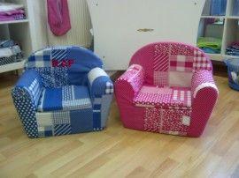 Fauteuil - Stoel met naam of zonder naam Leuke fauteuilstoel met naam!  Afmeting: 32 x 42 x 46cm.  De stoel kunt u geheel naar wens bestellen. U kiest zelf de kleur en print stof.  De stoel kan voorzien worden van naam en/of een afbeelding
