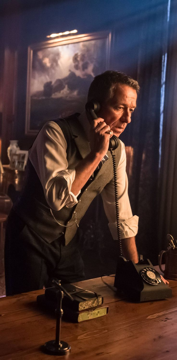 Sean Pertwee's Alfred is easily my favorite incarnation of the Alfred Pennyworth character in DC Comic. And this episode (Gotham 2x20 - Alfred Pennyworth [Sean Pertwee] HQ) showcased just how much.