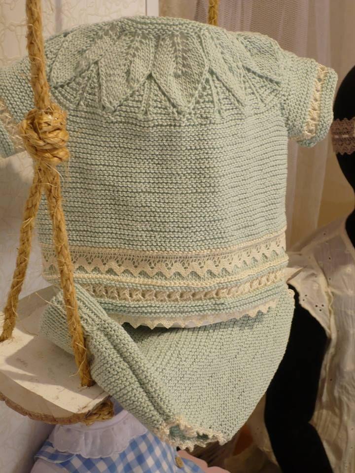 Jersey y culetin de primera puesta hecho a mano en perle