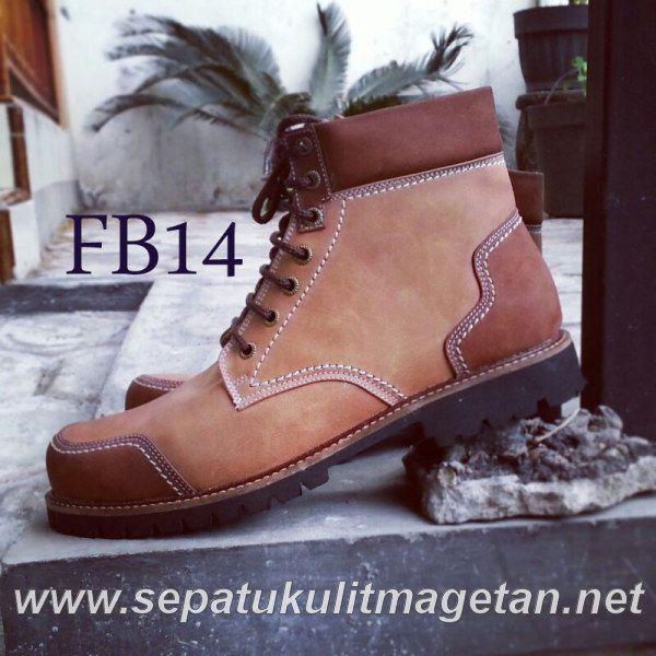 Exclusive Premium Boots FB14