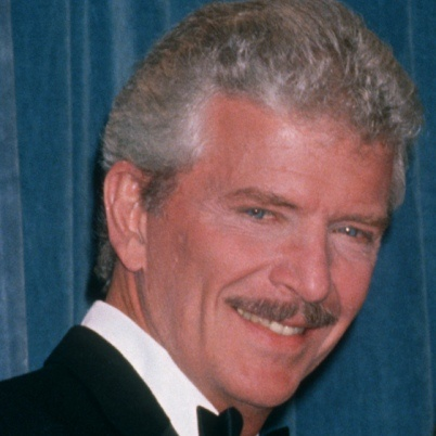 """Robert Reed -- (10/19/1932-5/12/1992). American Stage, Film & Television Actor & Director. He portrayed Mike Brady on TV Series """"The Brady Bunch"""", Kenneth Preston on """"The Defenders"""", Lt. Adam Tobias on """"Mannix"""", Dr. Adam Rose on """"Nurse"""". Movies -- """"The Boy in the Plastic Bubble"""" as Johnny Lubitch, """"The Love Boat II"""" as Stephen Palmer, """"The Hunted Lady"""" as Dr. Arthur Sills, """"International Airport"""" as Carl Roberts. He died from Colon Cancer and had HIV, age 59. Born: John Robert Rietz, Jr."""