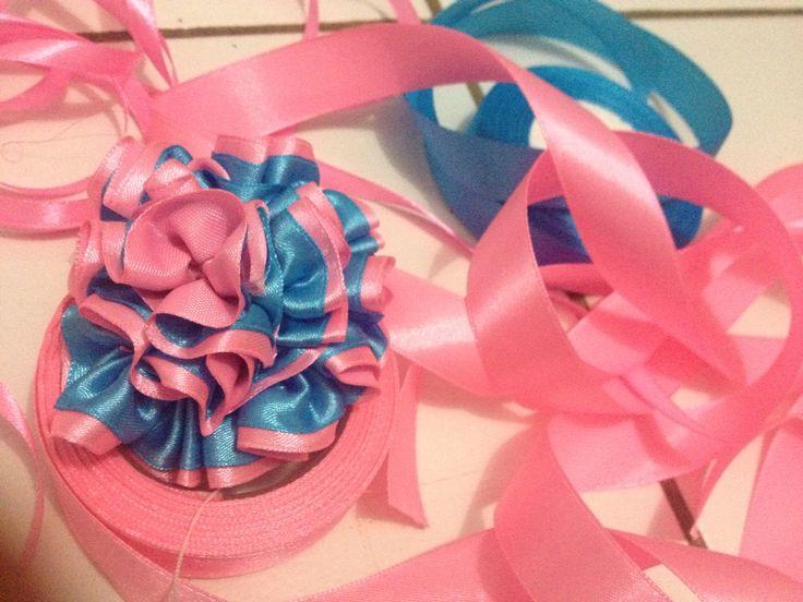 Ribbon flower