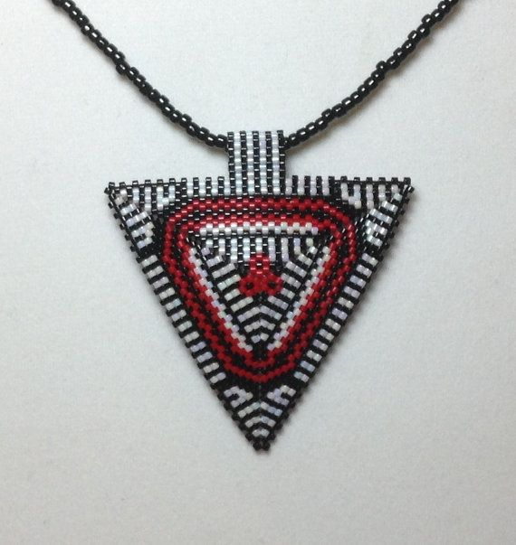 Black White and Red Flower Triangle Choker