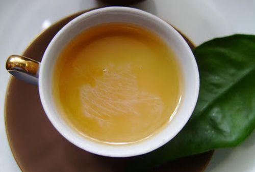 Detoxifiere rapida, in doar o zi! Curata organismul cu amestecul de ceai verde si lapte!