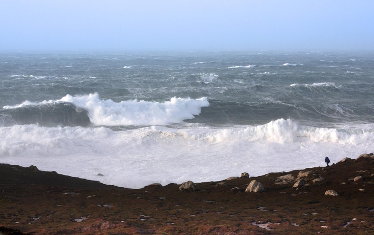 Huge waves at Bryher, Isles of Scilly, taken by Harriet Barber