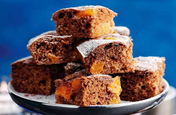 Slimming World's chocolate and apricot brownies are easy to make and delicious too, made with low calorie hot chocolate powder and sweet dried fruit for a guilt-free hot of sweetness that fits into the Slimming World plan.