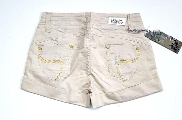 Pantaloncini donna Nemo. - Pantaloncini da donna made in Italy brand Nemo in tre modelli. Taglie dalla 40 alla 46. Minimo assortimento lotto da 24 pezzi. Tutto made in Italy a solamente 6 € al pezzo!!!.In deposito, inoltre, altro abbigliamento uomo, donna e bambino a prezzi competitivi.Visitate il nostro sito internet w w... - http://www.ilcirotano.it/annunci/ads/pantaloncini-donna-nemo/