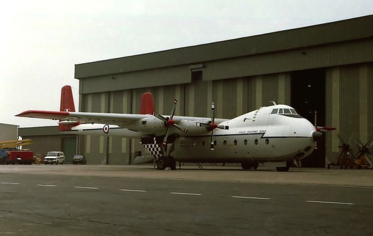 https://flic.kr/p/rHy3e8 | Argosy XN817 at East Midlands 1983 | Maintaining this Argosy XN817 from A & AEE, Boscombe Down was part of a Field Aircraft Services contract including Comet XV814 and Viscount XT575. Fields showed interest in buying this Argosy, but an accident at West Freugh shortly before retirement led to it being broken up for parts there. Photo: Dick Gilbert, East Midlands Airport, February 1983.