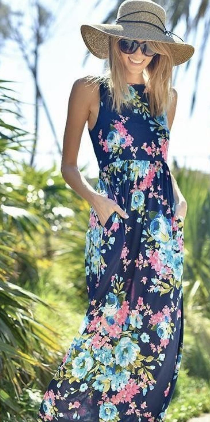 SIGN UP for STITCH FIX NOW! March 2017 Spring Trends for Stitch fix the personal styling service. Always be on trend with this amazing subscription box. Use this pin for tips and trends for Spring 2017. Click pic to get started! #Sponsored #Stitchfix