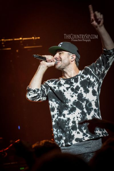 New Sam Hunt Tour Dates: Lipstick Graffiti Tour | TheCountrySip.com