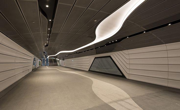 Wynyard railway station walkway