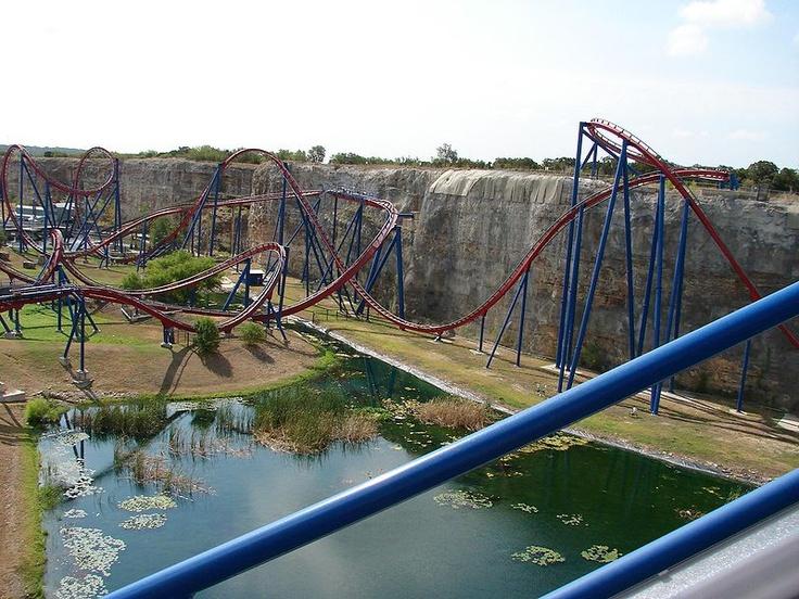 Superman: Krypton Coaster Six Flags Fiesta Texas San ...