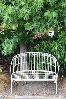 Garden Love Seat Antiqued Curved