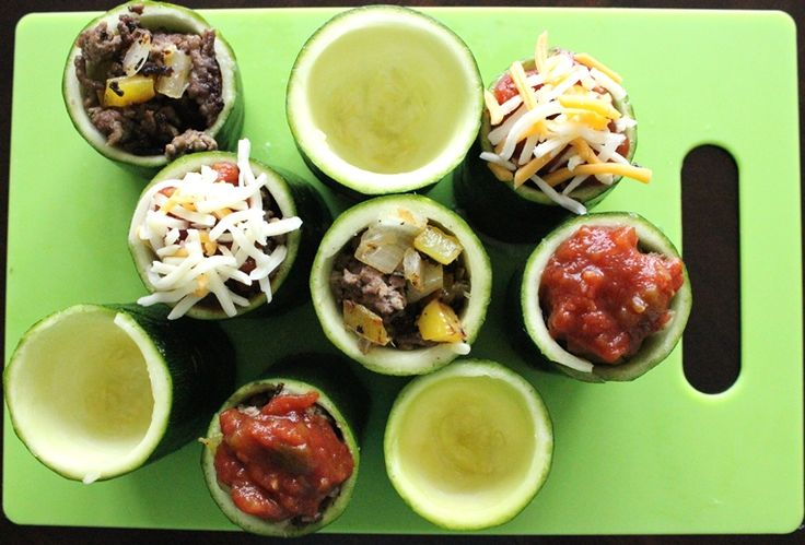 Zucchini cups - scoop zucchini cups before cooking meat and sauté ...