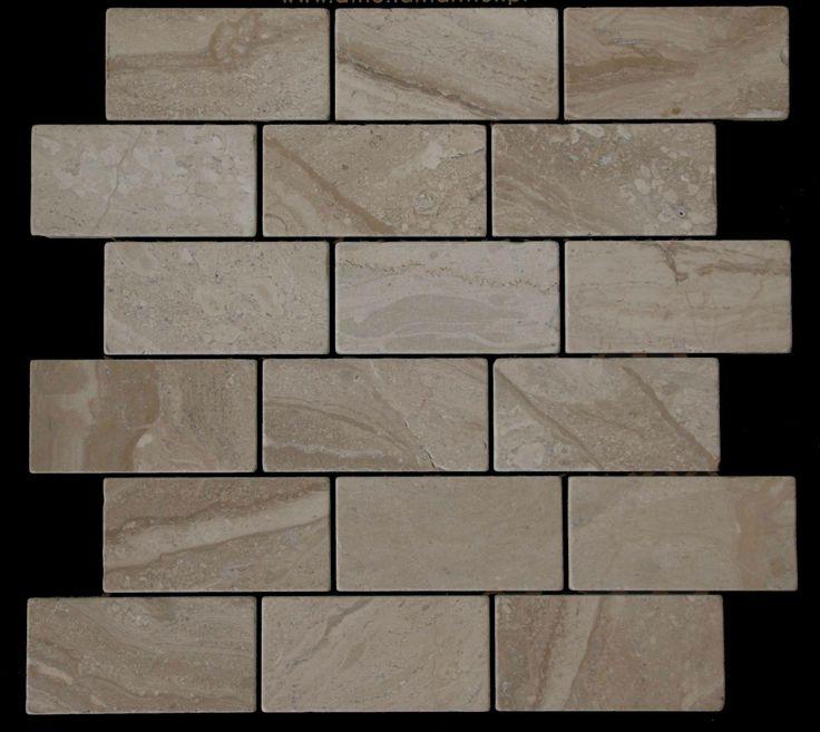 Mozaika marmurowa -  Kolekcja: Brico 510; Kod: B51010; Wykończenie: ANTICO; Materiał: Breccia Sarda; Wym. Kostki: 5,0x10 cm; Wym. Plastra: 33,5x31,1 cm
