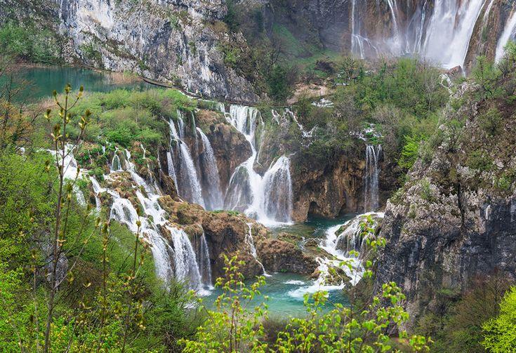 H.I.S. 絶景「プリトヴィッツェ湖群国立公園 クロアチア」