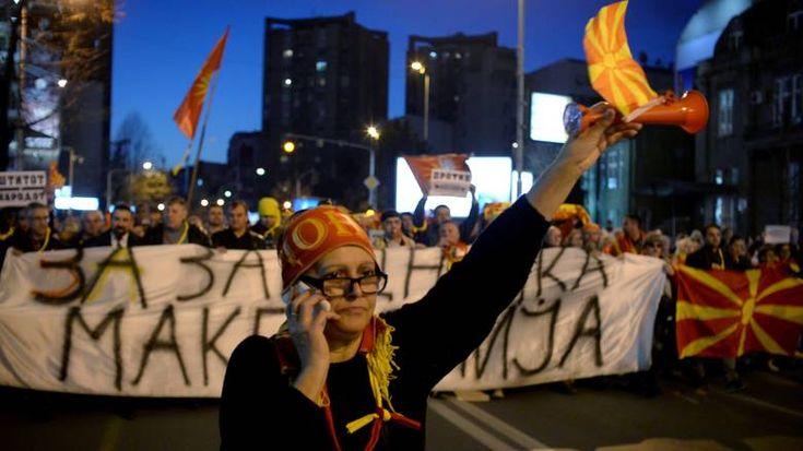 Το φάντασμα του εμφυλίου πλανάται πάνω από τα Σκόπια