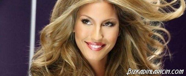 Çağla Şikel Saç Modelleri 2015 - http://www.bizkadinlaricin.com/cagla-sikel-sac-modelleri-2015.html  Çağla Şikel Türkiye'nin en ünlü ve güzel mankenlerindendir. Çağla Şikel saç modelleri ve saç renkleri 2015 resim galerimizde bu ünlü yıldızın son dönemlerde kullandığı saç tonlarına ve şekillerine yer verdik. Geçmişten günümüze ünlülerin giydikleri, yedikleri, içtikleri her zaman mercek altına alınmış, takip edilmiştir. Sizde Ç
