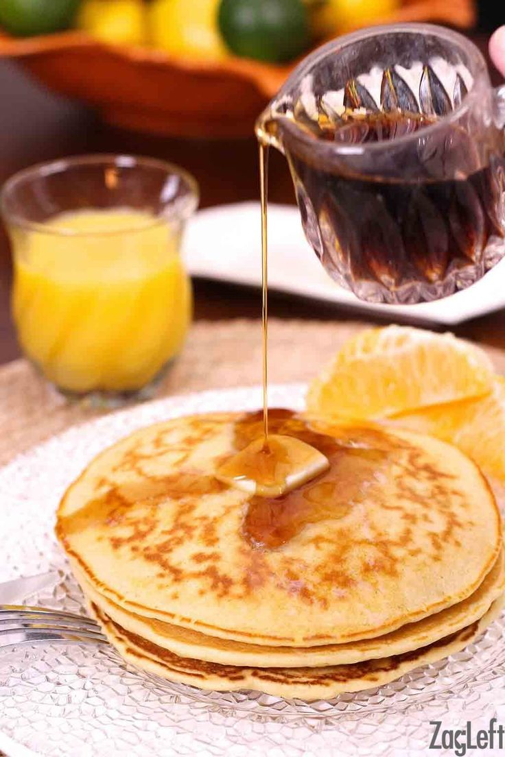 How To Make Pancakes for one! This single serving recipe is perfect for making a small batch of pancakes. | zagleft.com