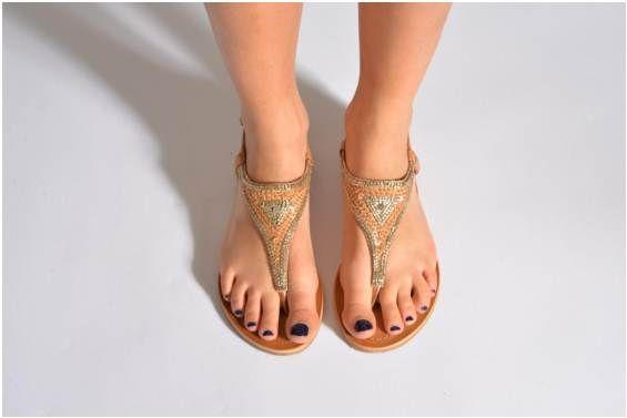 Sandales et nu-pieds Bimbo Les Tropéziennes par M Belarbi vue portées chaussures