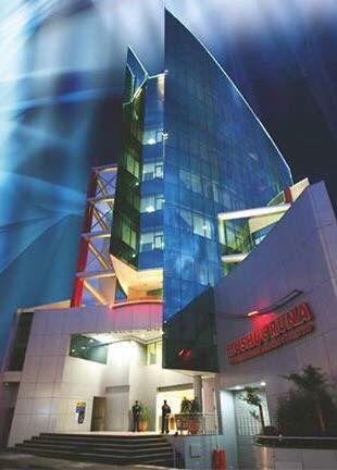 Proyecto para la ampliación del edificio Mushuc Runa en Ambato. Diseño: Arq. Mg. Santiago Suárez Abril. E&S Suárez Arquitectos.