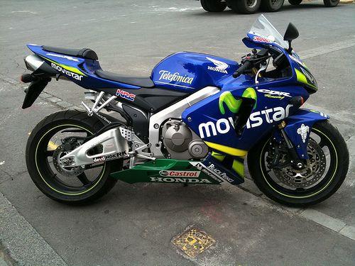 Honda CBR600RR Movistar #4