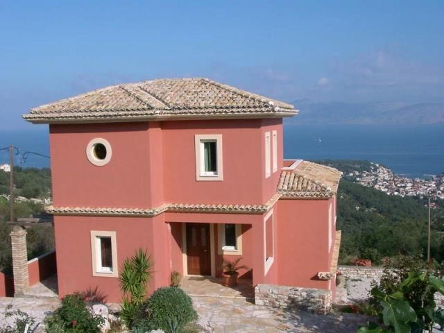For Sale Villa, Kassiopi, Kassiopi, 480 sq.m., In plot 5000 sq.m., 6 Bedrooms, (6 Master), 2 Bathrooms, 1 WC, 2 Κitchen/s,  Status: Very Good, Feautures:  S...