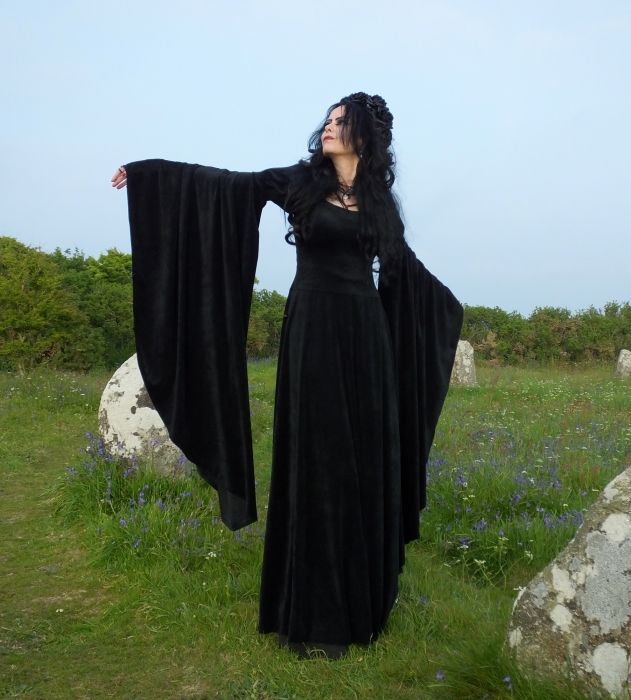 Elanorwen Gown - steamed velvet medieval goth dress by Moonmaiden Gothic Clothing UK