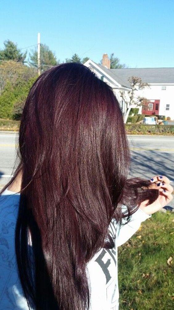 10 best shades of burgundy hair: Dark Burgundy Hair
