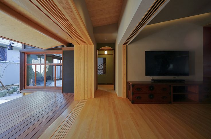 the extension was built using the traditional japanese measurements of 'shaku', 'sun' and 'bu' rather than the modern metric system.