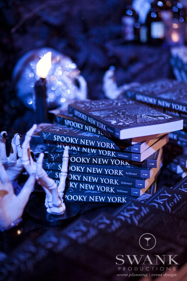 swank productions sleepy hollow halloween wedding halloween wedding decor favors - Halloween Wedding Decor