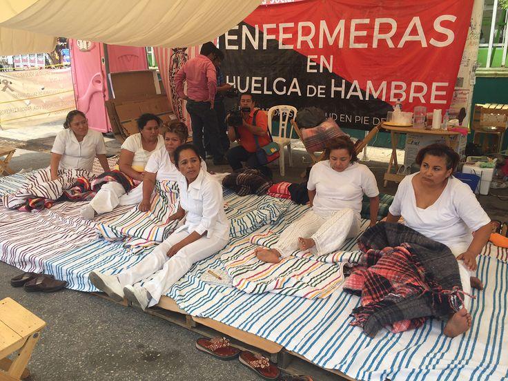 TUXTLA GUTIÉRREZ, Chis. (apro).- El gobierno chiapaneco dio a conocer esta madrugada el fin de la huelga de hambre de las enfermeras del Hospital de la Mujer Doctor Rafael Pascacio Gamboa, de la capital del estado. Sin embargo, los trabajadores del sector salud aseguraron que el movimiento de protesta no ha terminado y seguirán hastaLeer más