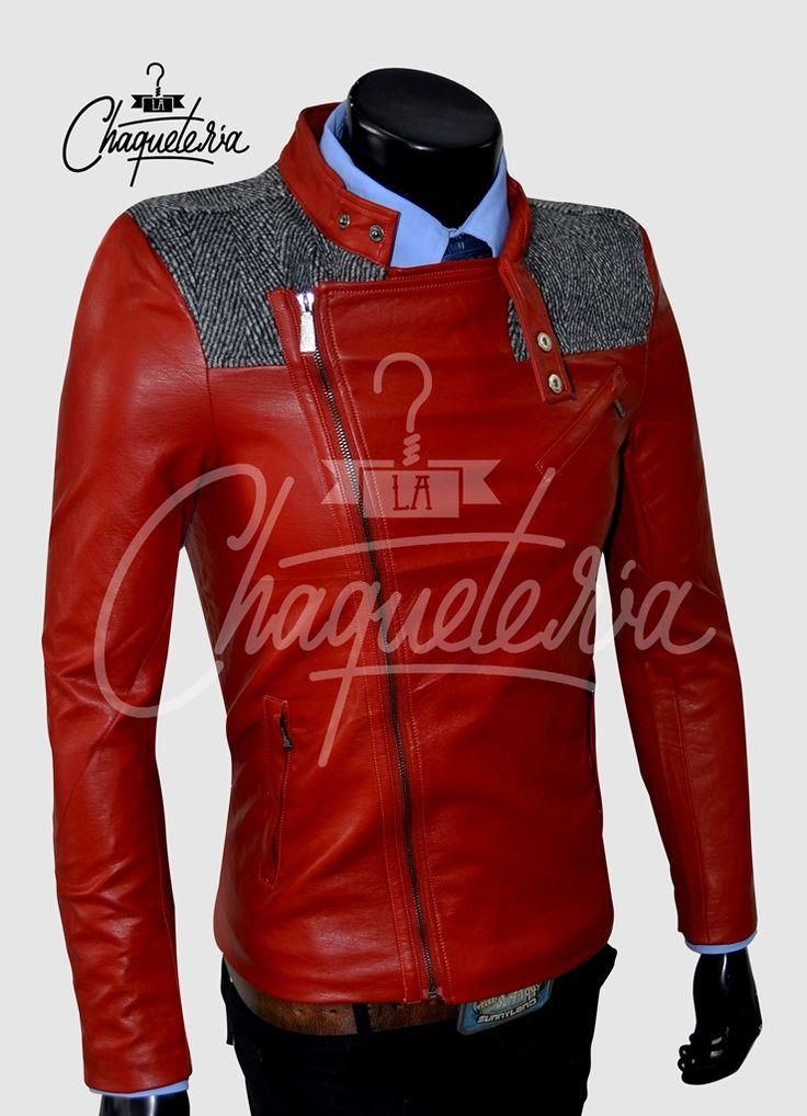Chaqueta Slim fit en cuero sintetico para hombre  http://www.lachaqueteria.com/chaquetas-en-piel/chaqueta-ref-co2-marca-lachaqueteria/