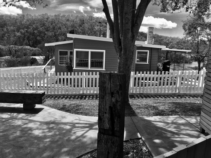 Yowaka River Cottage Black & White Picket Fence River Views Bridge Timber