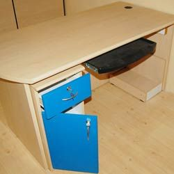 Visit us at: www.dboffice.in/  Individual workstation by Dee Bee office concepts.