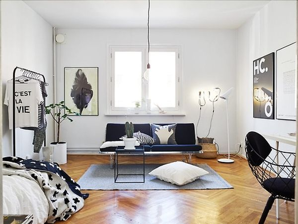 How to Decorate a Studio Apartment 10. Chic Black & White. The classic color combination, black and white, is the perfect urban-esque palette to create a sophisticated space in a very little footprint. It's useful to maybe throw in one colorful accent, just to break it up a bit.