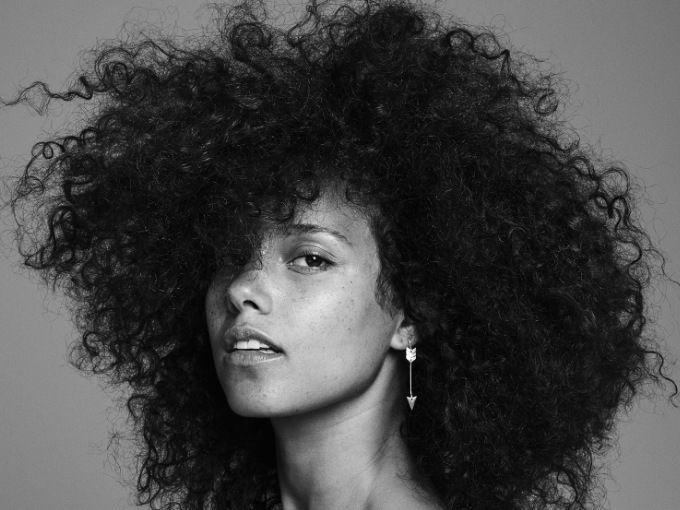 La cantante Alicia Keys es mamá de dos niños: Egypt de seis años y Genesis de 10 meses. Ella sabe que educar hombres es una responsabilidad muy grande y, por esa razón, no deja que sus hijos vean películas clásicas de Disney como Blancanieves.