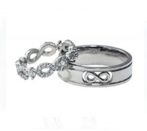 Complimentary Infinity Wedding Ring Set ~ EvelynH