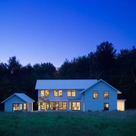 Contemporary Vermont Farm House Farmhouse Exterior Burlington Truexcullins Architecture