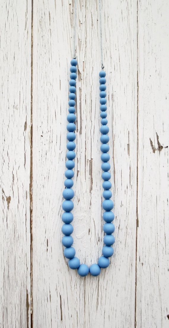 Teething Necklace /Silicone Necklace/ by InBetweenTheRaindrop