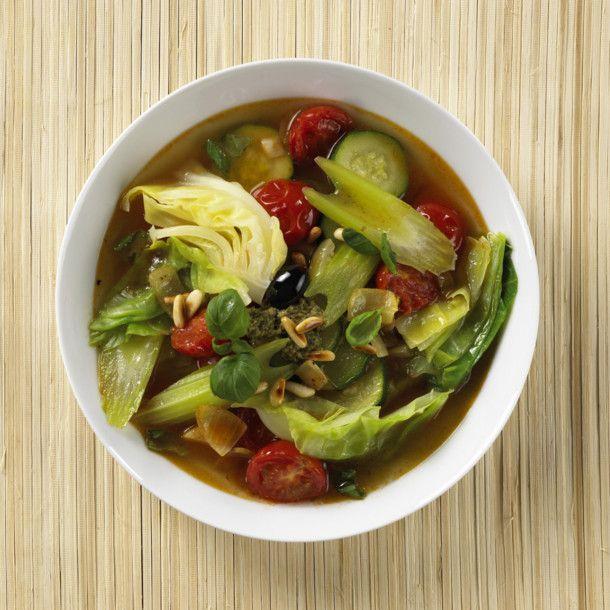Unser beliebtes Rezept für Italienische Spitzkohlsuppe und mehr als 55.000 weitere kostenlose Rezepte auf LECKER.de.
