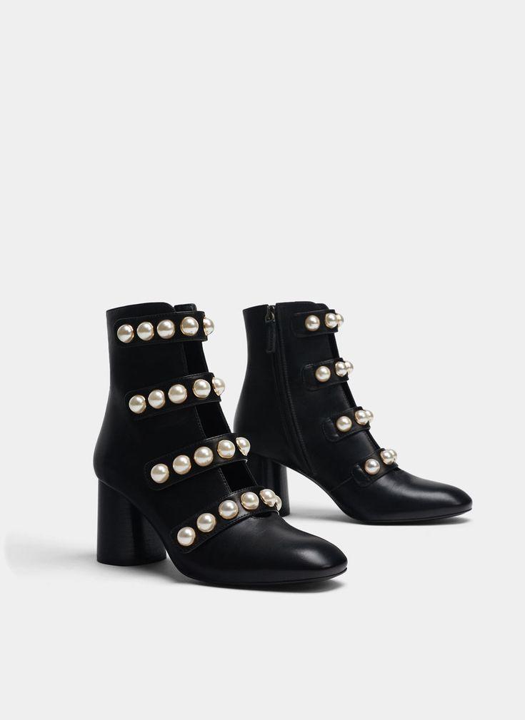 Botín negro perlas - Ver todo - Calzado - Uterqüe España