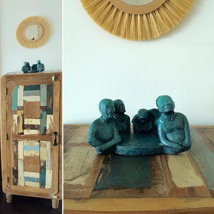 Thank you @camillelevert for the pictures! Very happy to see that this family have found the perfect space in your #home ! #hongkong #bronze #bronzesculpture #gaud #smile #photography #exhibition #rougeephemere #aafhk #affordableartfairhk